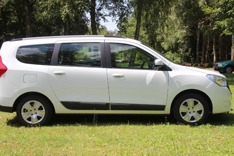 Mietwagen Dacia Lodgy Van für bis zu sieben Personen Ramstein
