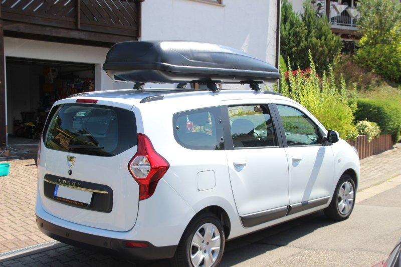 Mietwagen Dacia Lodgy Van für bis zu sieben Personen Bann